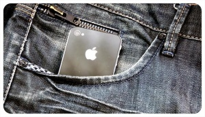 pocket-iphone-jeans-650x0